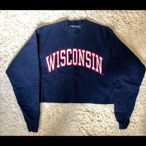 Cropped Wisconsin crewneck